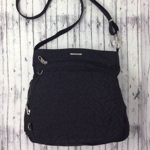 Travelon Black Anti-Theft Sign. Quilted Crossbody